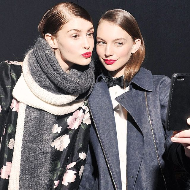 How to Be More Photogenic: Selfie Queens Share Their Secrets