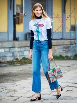 The T-Shirt Style Everyone Is Wearing Right Now