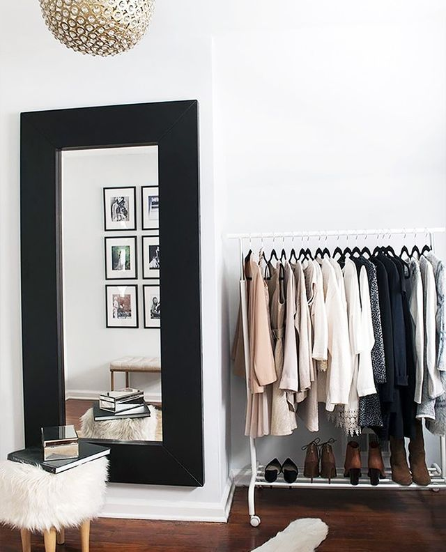 Organizing by Color Makes Styling Super Easy