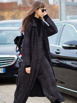 Celebrity fashion stylist assistant salary