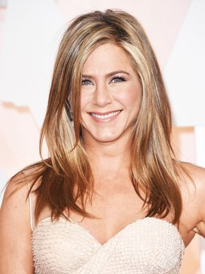 Steal Jennifer Aniston's Pre-Shampoo Step for Perfect Hair