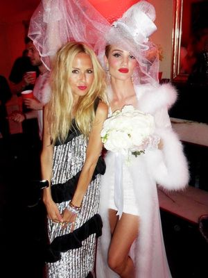 Inside Kate Hudson's #HotMessBride-Themed Birthday Party