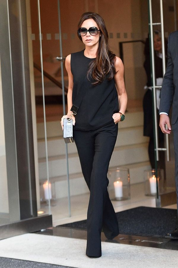 5 Casual Victoria Beckham Outfits That Actually Work in ...