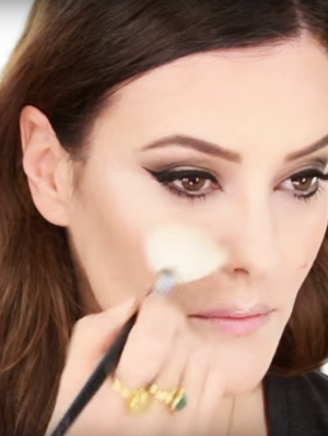 This Video Shows the Difference Between American and Asian Makeup