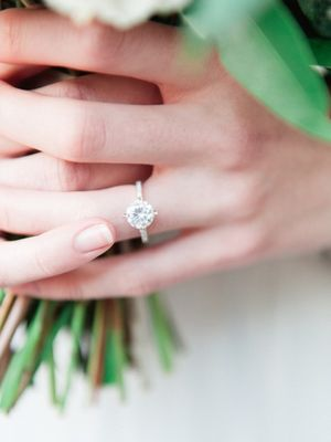 The Real Difference Between 1-Carat and 2-Carat Engagement Rings