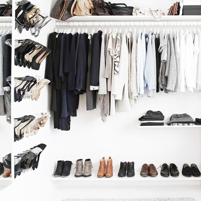 The 5 Steps Every Successful Woman Takes to Organize Her Closet