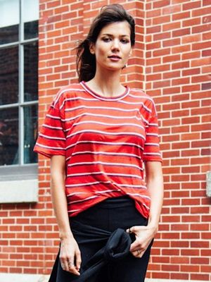 A Model-Approved Way to Wear Leggings