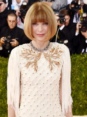 Anna Wintour Wore the Perfect Chanel Dress to the Met Gala