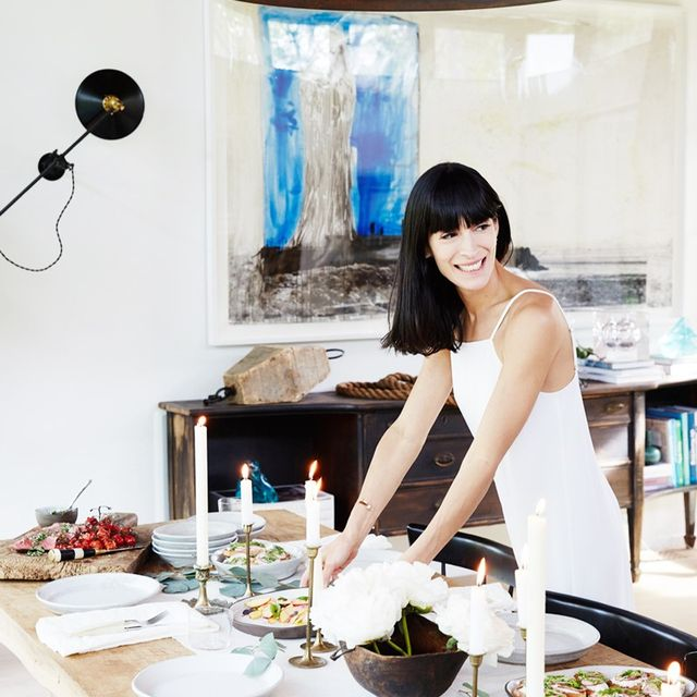 The Dos and Don'ts of Setting a Dining Table
