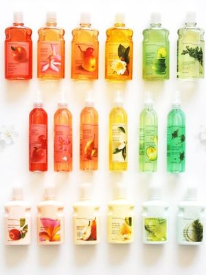Rejoice: Bath & Body Works Is Bringing Back the Scent of Your Youth