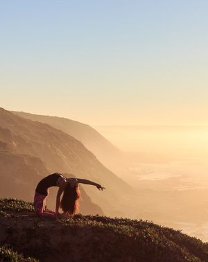 6 Things Professional Yogis Always Do (That You Don't)