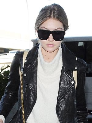 The #1 Jean Style to Wear at the Airport, According to Celebs