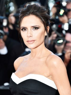 Of Course Victoria Beckham Has the Best Sheet Mask Instagram of Them All