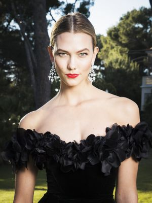 13 Incredible Beauty Looks From the Cannes amfAR Gala