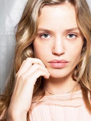 11 Ways You're Secretly Ruining Your Skin
