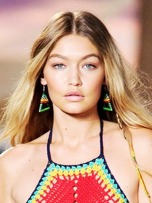 7 Expert-Approved Tips To Look Tanned, Fast