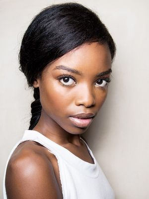 Light It Up! The Best Highlighters for Darker Skin Tones