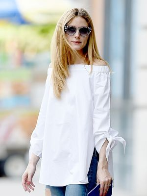 How to Style Your Ripped Jeans Like Olivia Palermo
