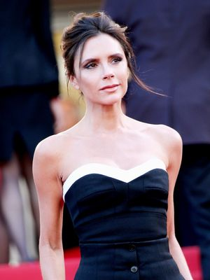 Victoria Beckham Proves You Can Get Down in a Strapless Dress