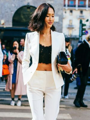 9 Pitch-Perfect Lessons in How to Wear a Crop Top