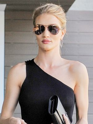 Rosie Huntington-Whiteley's Day-to-Night Look Is So Flattering