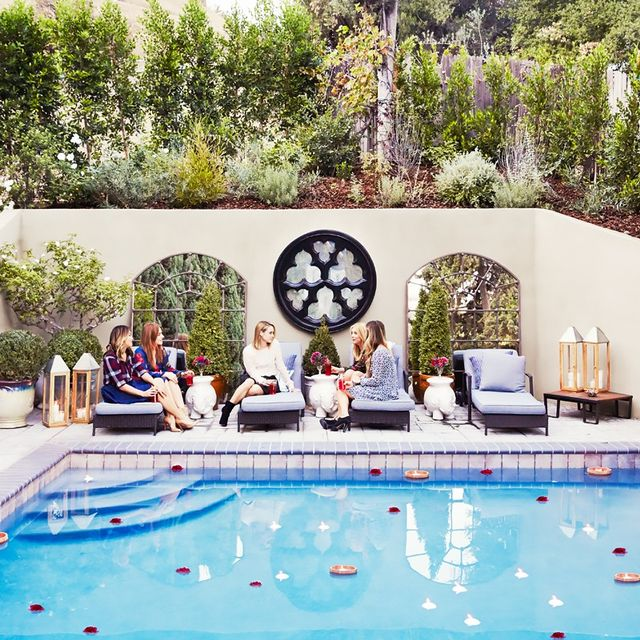 The 6 Best Celebrity Backyards We've Seen