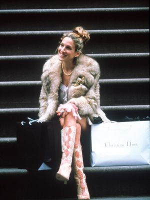 This Is What Carrie Bradshaw's Apartment Really Looked Like