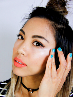 How This Blogger Gets Glowing Skin During the Summer