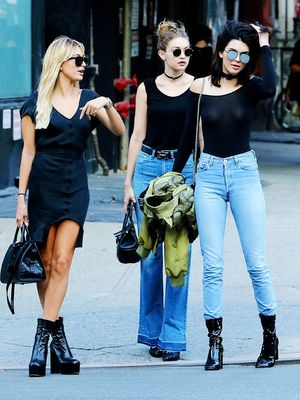 This One Shot of Kendall, Gigi and Hailey Confirms a Lot of Things