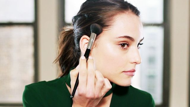 The 20-Second Makeup Trick Every Thin-Haired Girl Needs