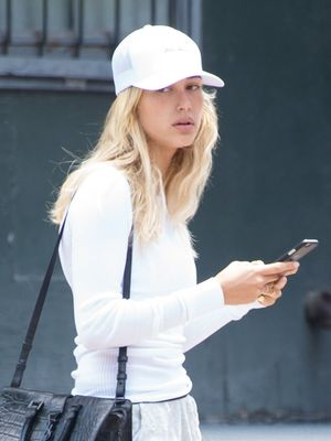 Hailey Baldwin's Chill Outfit Works for Travel, the Weekend, and Beyond