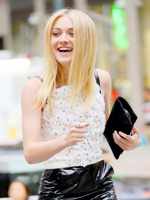Dakota Fanning, Your Sunglasses Are Really Owning This Instagram