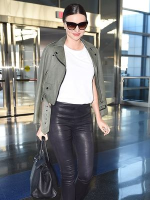 3 Things Fashion Girls Would Never Wear on a Long Flight