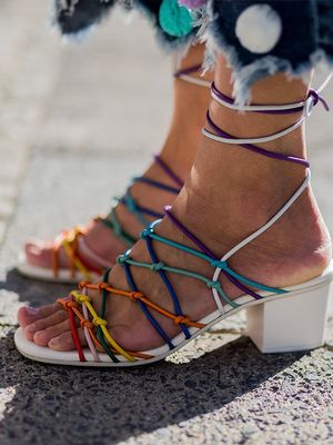 A Hack for Conquering Smelly Shoes in the Summer