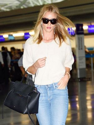 Rosie Huntington-Whiteley Has the Perfect Trick for Overpackers