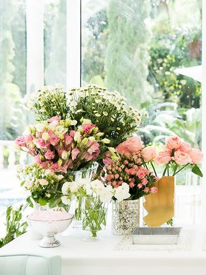 Everything You Need to Know to Master Flower Arranging