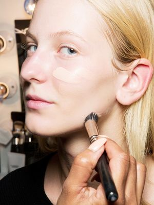 The One Concealer All Makeup Artists Use to Hide Breakouts