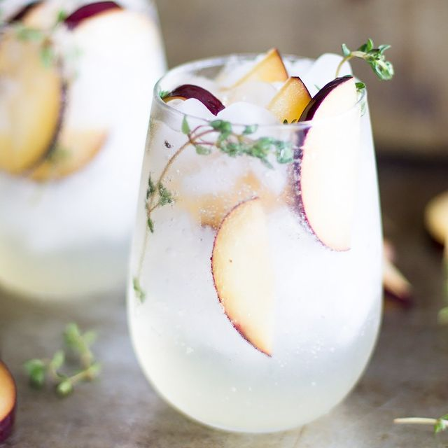 It's 11 A.M. Somewhere: The 7 Prettiest Brunch Cocktails for Summer