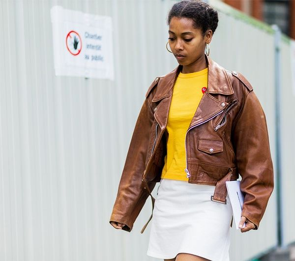Brown looks surprisingly chic with yellow, no?
