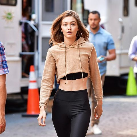 6 Ways to Wear Leggings When It's Ridiculously Hot Out ...