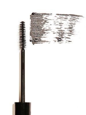 This Is the #1 Mascara on the Internet