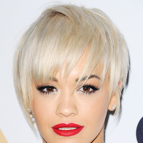 Rita Ora with a short hairstyle that will suit oval faces