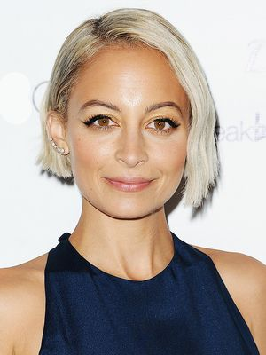 37 Short Hairstyles That Will Persuade You Into the Salon