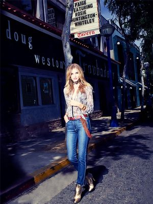 The Secret to Wearing Jeans the Rosie Huntington-Whiteley Way