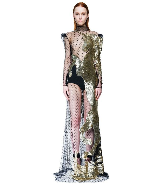 See the 12 000 alexander mcqueen dress margot robbie just for Alexander mcqueen wedding dresses price