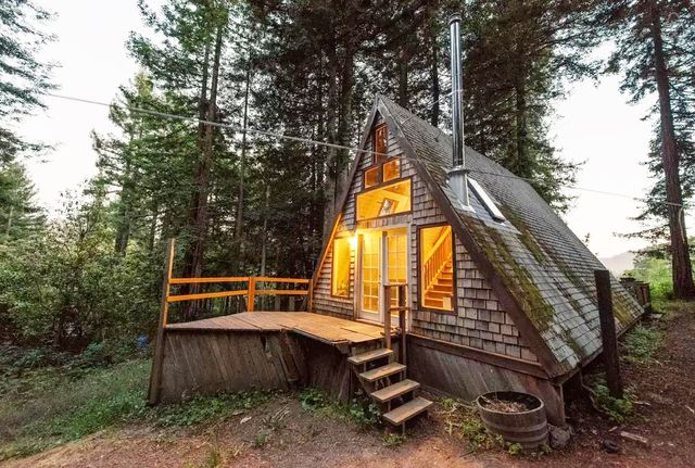 2. Cabin in the Redwoods, Cazadero, United States