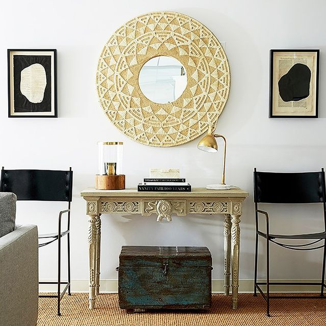 Micro Makeover: This Is How You Style a Console Table