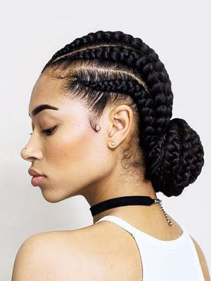5 Bun Styles for Natural Hair That Are Perfect for Summer