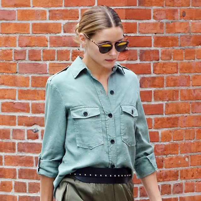 Olivia Palermo Just Demonstrated the New Way to Carry Your Handbag