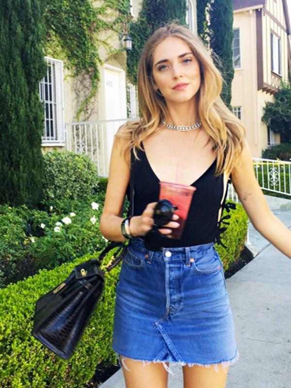 how to wear a body: Chiarra Ferragni in a black body